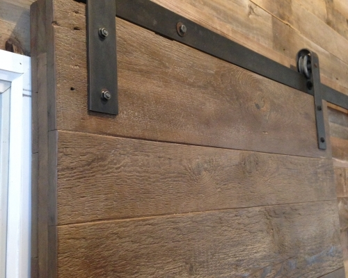 horizontal-plank-barn-door